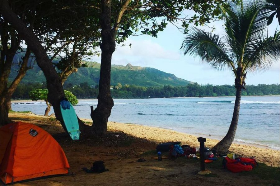 10 indispensables pour un surf-camping trip à Hawaii